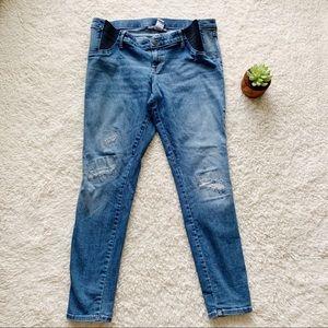 8c17e43bc97 Liz Lange for Target. Liz Lange Maternity Jeans size L
